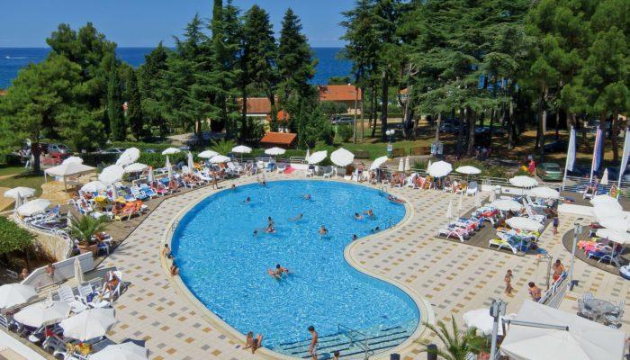 2011-Valamar-Pinia-Pool