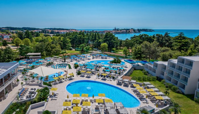 VIZ - Valamar Parentino Hotel_Pools_airview pools_02