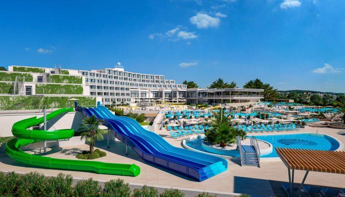 VIZ - Valamar Parentino Hotel_Pools_slides_01
