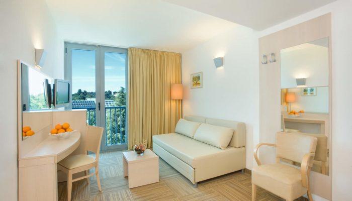Valamar-Crystal-Hotel_Junior-family-suite