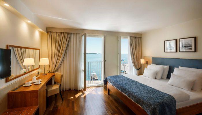 Valamar-Riviera-Hotel_Classic-room_seaview_02