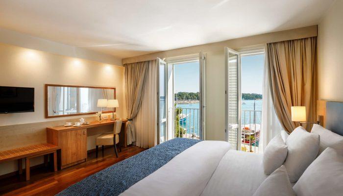 Valamar-Riviera-Hotel_Classic-room_seaview_03
